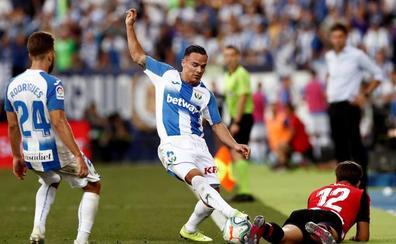Lo mejor del partido, la intensidad y el atrevimiento de Larrazabal