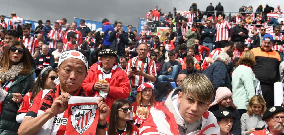 Alrededor de 1.000 hinchas arroparán al Athletic en el estadio de Balaídos