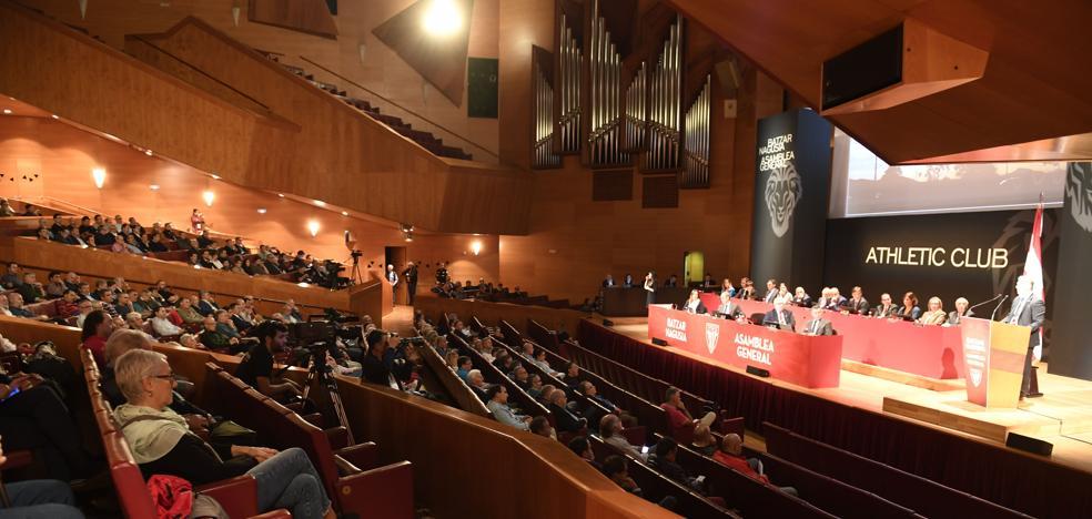 Las claves de la primera asamblea de socios a la que se enfrenta hoy Elizegi