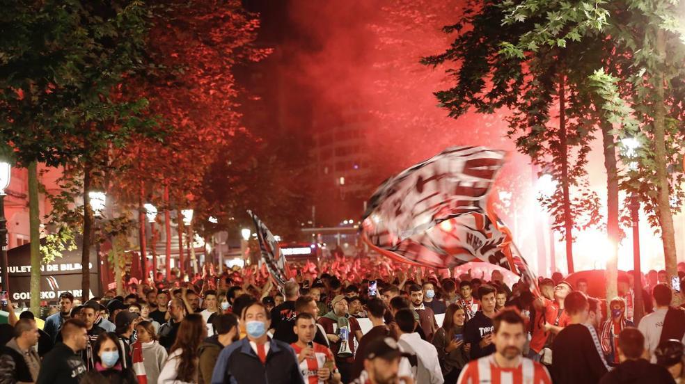 La afición del Athletic vuelve a llenar las gradas de San Mamés