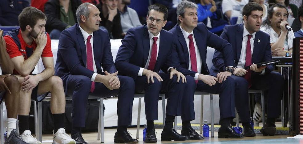 El Baskonia, a recomponer el cuerpo técnico de Pedro Martínez