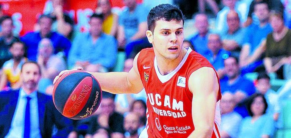 El Baskonia se interesa por la situación del alero Dejan Todorovic, cupo de formación