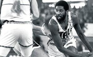 Fallece Chicho Sibilio, el jugador que impulsó al Baskonia