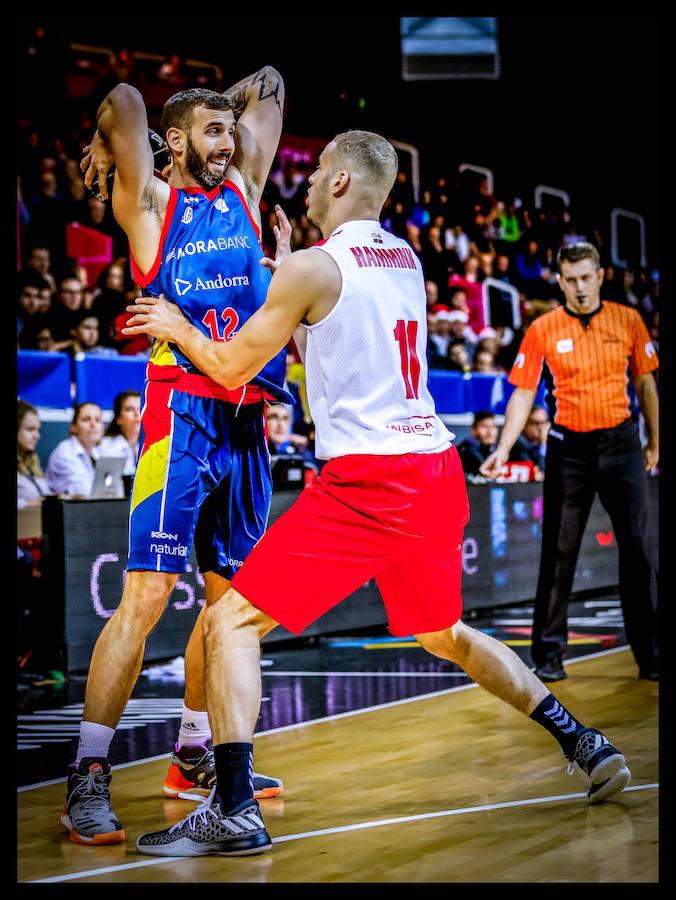 El Morabanc-Bilbao Basket, en imágenes