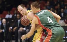 El Bilbao Basket oficializa la llegada de Schreiner, que dirigirá al equipo junto a Salgado
