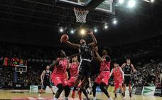 Las imágenes del partido del RETAbet Bilbao Basket - Iberojet Palma