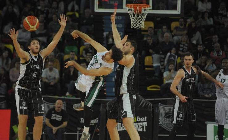 Estas son las imágenes que nos deja el partido entre el RETABet Bilbao Basket y el Cáceres