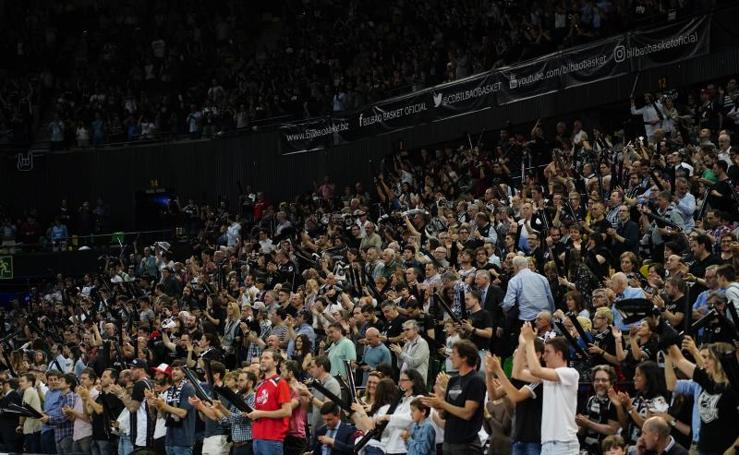 Bilbao Basket-Palencia: ambientazo en Mirbilla