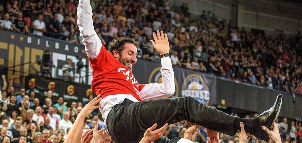 El Bilbao Basket confía en que Mumbrú continúe al frente del equipo