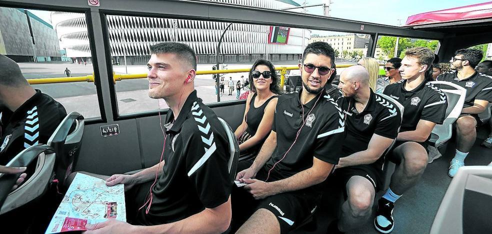 Plantilla del RETAbet Bilbao Basket 2019 - 2020