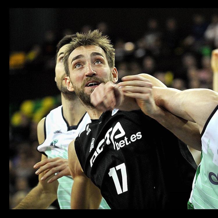 Axel Hervelle anuncia su retirada del baloncesto