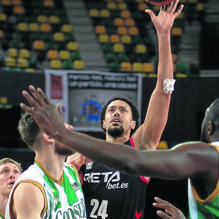 Jenkins sostiene al Bilbao Basket