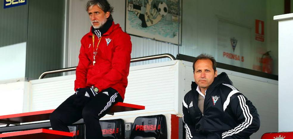 Pablo Alfaro cumple un año en el club tras obtener el 56% de los puntos en 41 partidos de liga