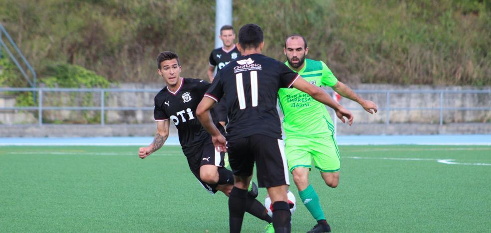 El Mirandés jugará la cuarta parte de la Liga como visitante en campos de hierba artificial