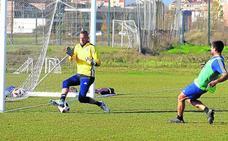 El Mirandés se vuelca en los ensayos en mejorar la salida de balón, la presión y los remates