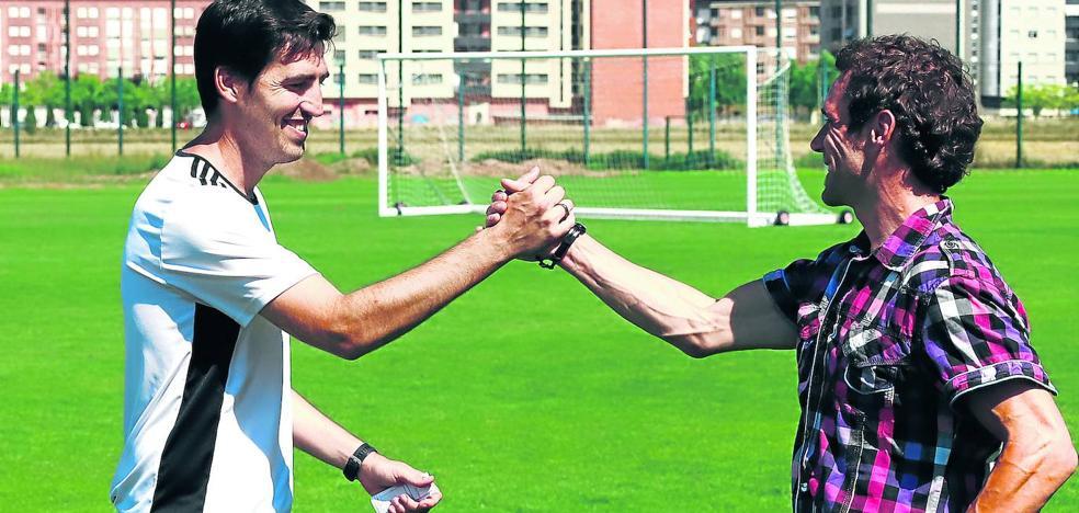 Iraola prevé trabajar con una plantilla de «22 o 23 jugadores» y habrá «alguna salida» del equipo