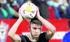 La selección española sub-21 se fija en el Mirandés con la convocatoria de Carreira