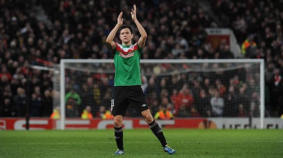 Ander Herrera will be unveiled as a Man United player on Friday, contracted until 2019 [AS]