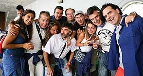 basauri single men Connected and modern exciting and modern, perfect for dating, friendship or just chatting bilbao swingers club is simple and straightforward it is your perfect home to join from mobile or.