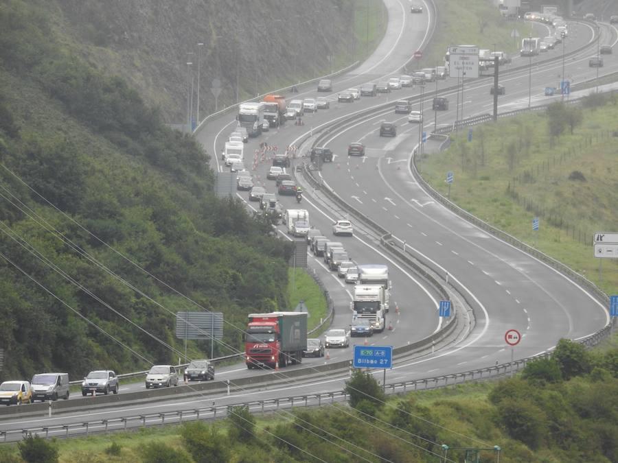 Retenciones kilométricas entre Islares y Ontón