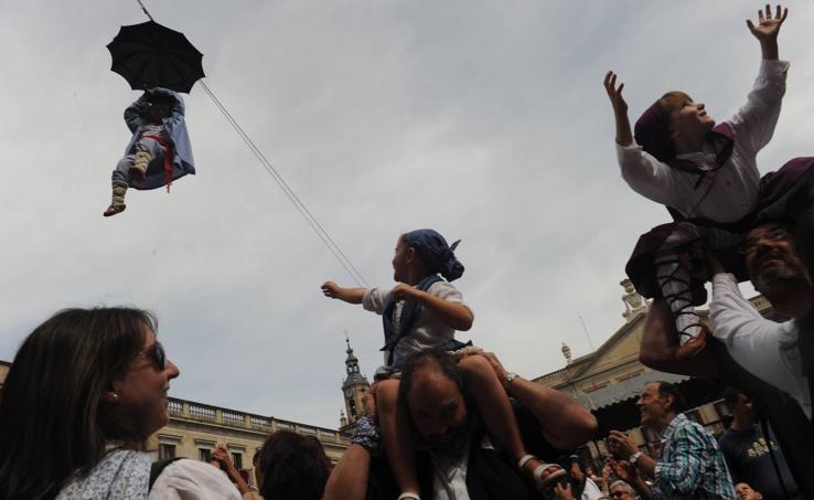 Los niños ocupan el centro de la fiesta