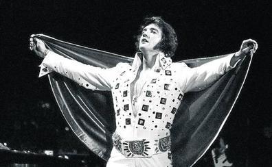 Elvis mantiene su reinado a los 40 años de su muerte