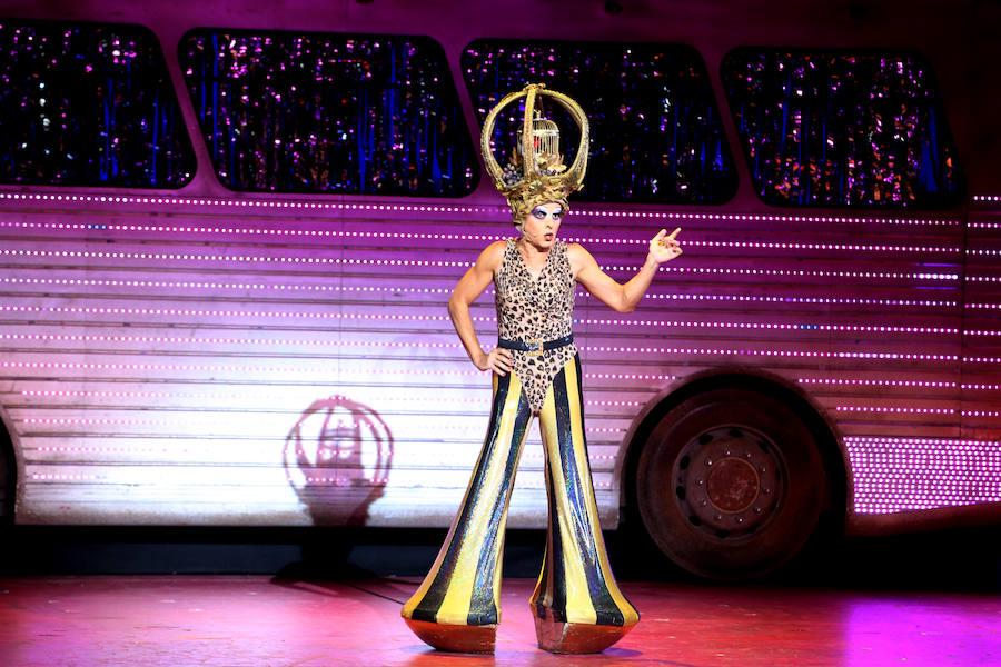 Priscilla, la 'Reina del desierto', llega a Bilbao