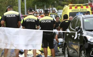 Cinco muertos tras un accidente entre un autocar y dos coches en Salou