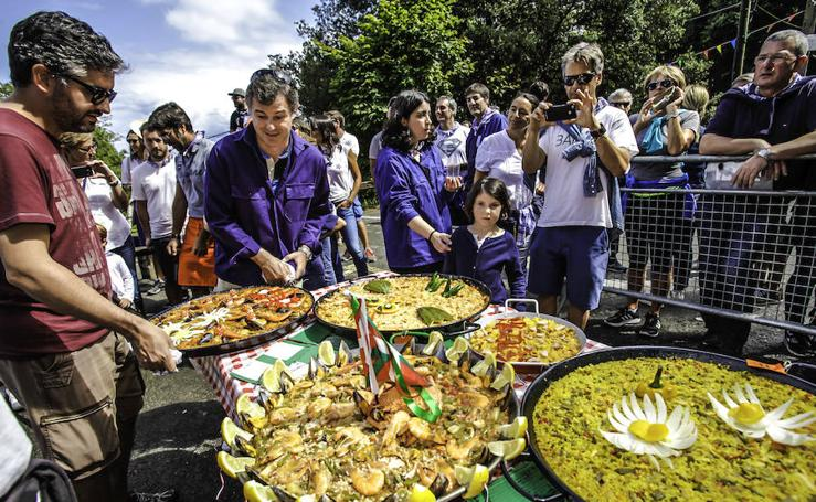 La paella de Julito Taldea se agarra al primer premio en Bakio