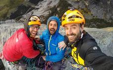Los Pou dedican una nueva ruta de escalada a Zerain