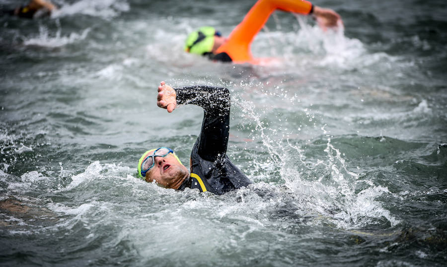 Las mejores imágenes del triatlón de Sestao
