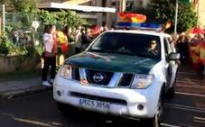 Despedida a la Guardia Civil destinada a Cataluña por el referéndum del 1-O: «¡A por ellos!»