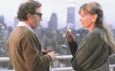 El hijo adoptivo de Woody Allen culpa a Mia Farrow de «lavarle el cerebro»