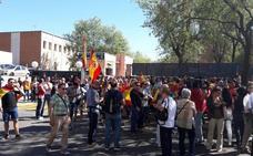 Policías se concentran en comisarías de toda España para exigir contundencia frente al acoso