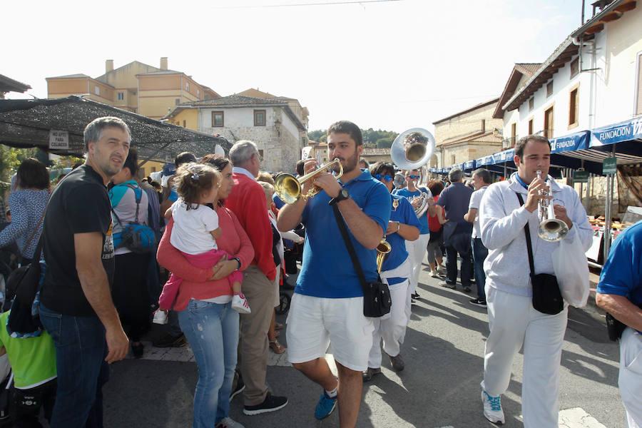 Miles de alaveses disfrutan de la Feria de la Patata en Valdegovía