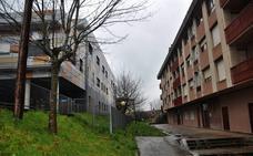 Atxondo acuerda con el Gobierno vasco poner fin a las averías en el colegio