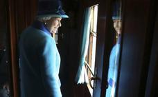 Isabel II, George Soros y Sheldon Aldeson aparecen en los 'Paradise Papers'