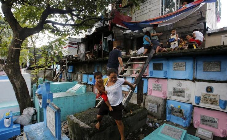 Vivir entre muertos en Manila