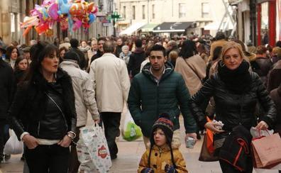 Álava gana 1.257 habitantes y supera por primera vez las 323.000 personas