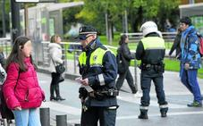 Los policías locales de Vitoria elevan la presión y empiezan a multar también a la hostelería
