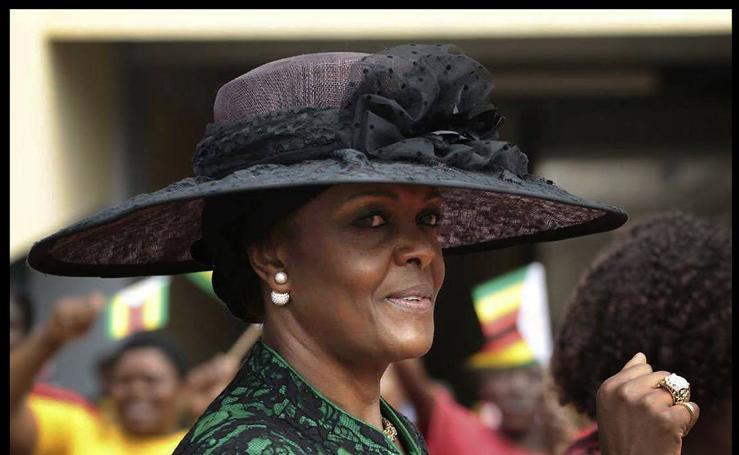 'Gucci Grace', la vida de lujo de la derrocada primera dama de Zimbaue