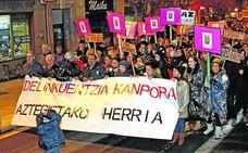 Vitoria presencia una manifestación a favor y otra en contra de los 'pichis'
