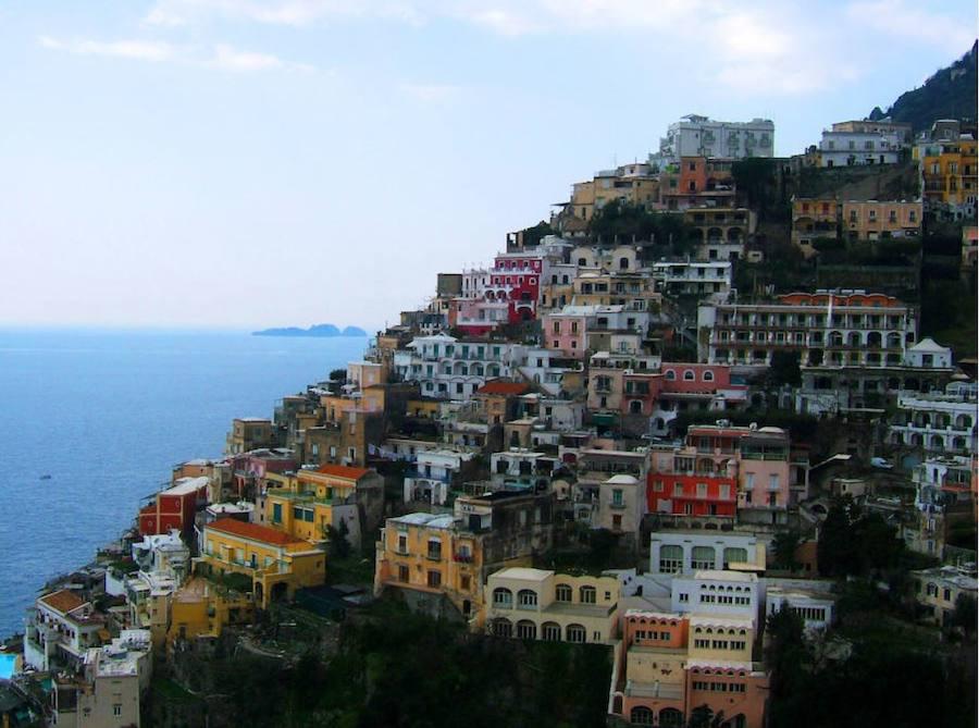 Impresionantes pueblos creados en la roca