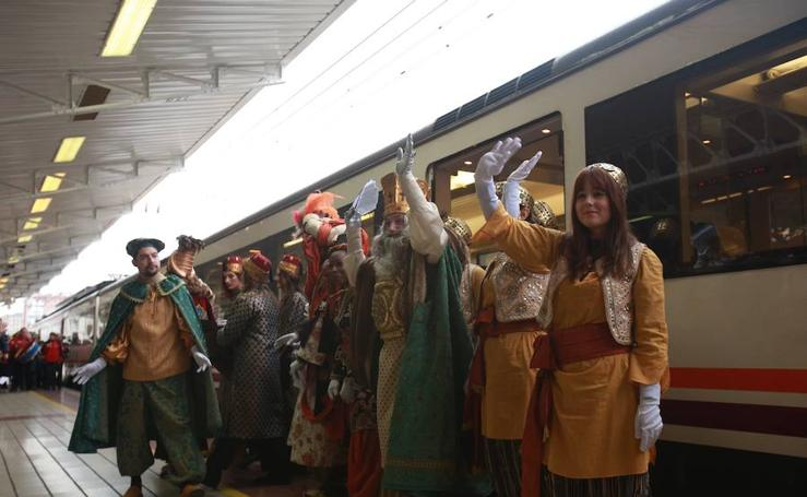 Los Reyes Magos llegan a Vitoria