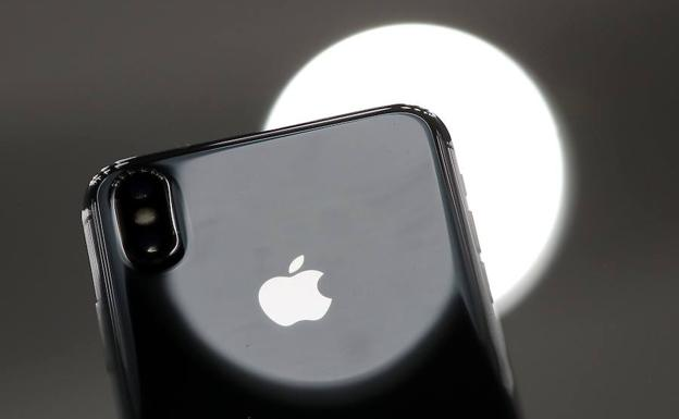 Un iPhone, producto estrella de Apple.