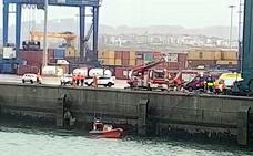 El trabajador fallecido en el Puerto de Bilbao es un vecino de Santurtzi de 54 años