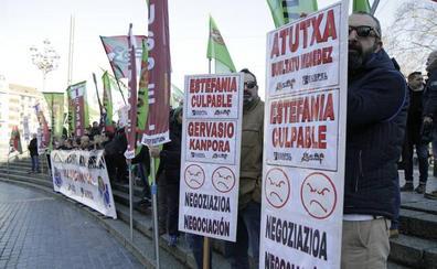 Concentración ante Urkullu en Bilbao para denunciar los «graves» problemas de la Ertzaintza