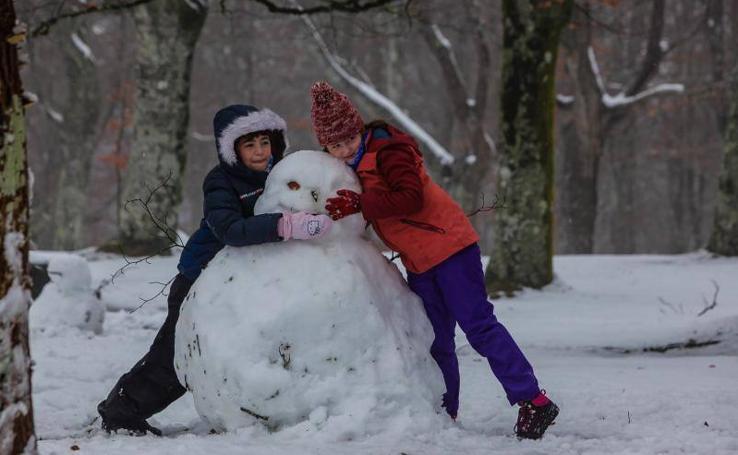 Día de nieve en Urkiola