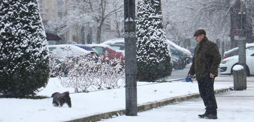 Álava sigue en alerta por nieve y hielo