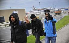 Los asaltos de inmigrantes en el Puerto de Bilbao pasan de 300 a más de 3.000 en un año